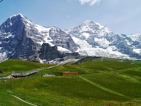 ビジネスクラスでスイス〜イタリアへ写真2