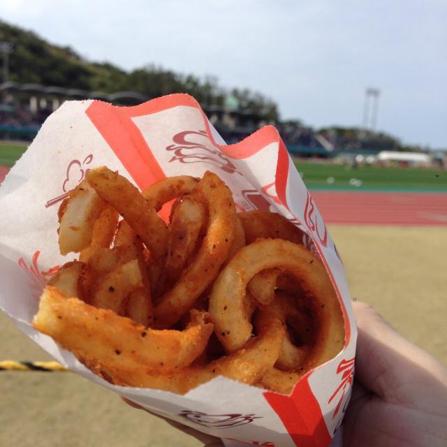 「グランパスキャンプ観戦、日帰り沖縄!」の写真2